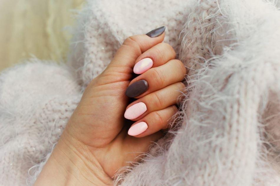 paznokcie hybrydowe w domu