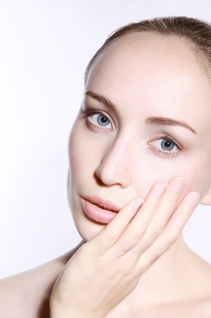 naturalna pielęgnacja - po jakie kosmetyki sięgać?